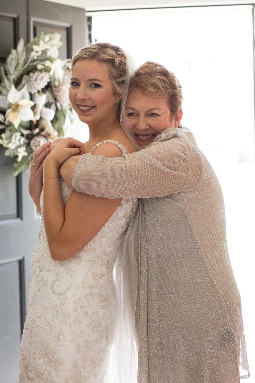 Kelli-and-Matt-Nashville-Wedding-Sneak-Peak-0065.jpg