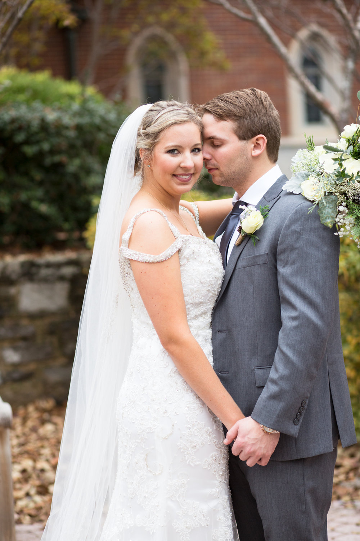 Kelli-and-Matt-Nashville-Wedding-Sneak-Peak-0128.jpg