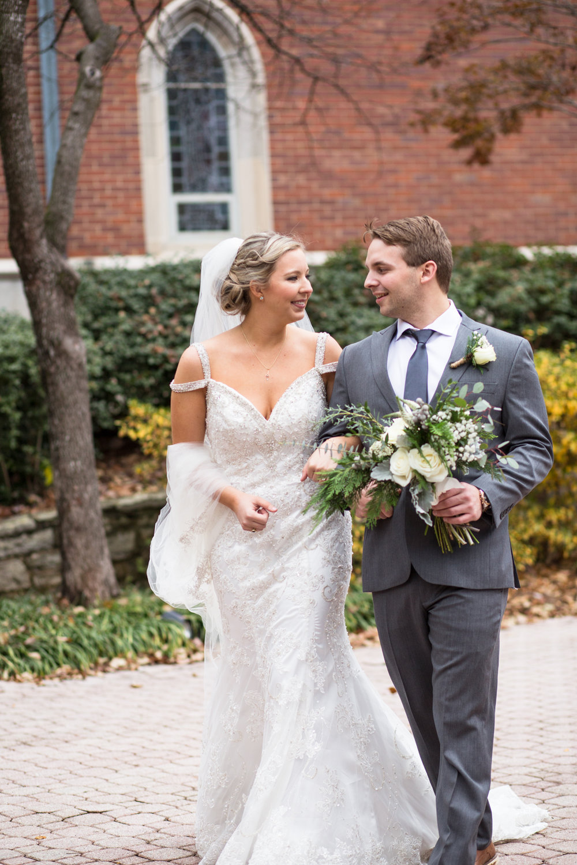 Kelli-and-Matt-Nashville-Wedding-Sneak-Peak-0135.jpg