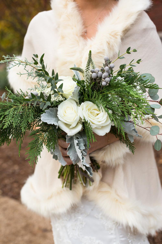 Kelli-and-Matt-Nashville-Wedding-Sneak-Peak-0180.jpg