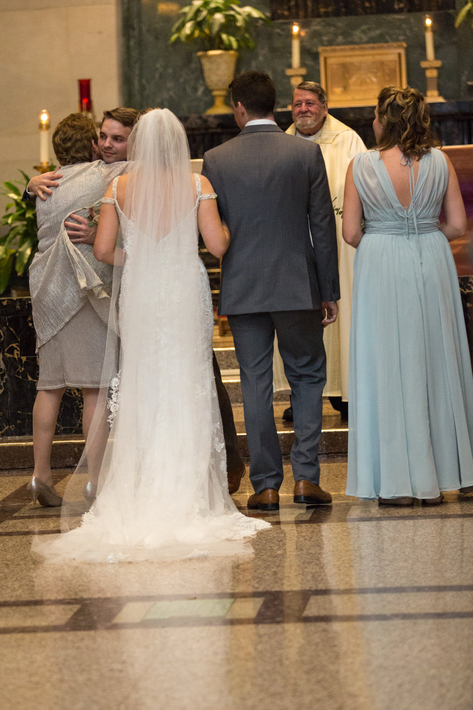 Kelli-and-Matt-Nashville-Wedding-Sneak-Peak-0225.jpg