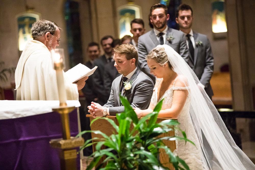 Kelli-and-Matt-Nashville-Wedding-Sneak-Peak-0251.jpg