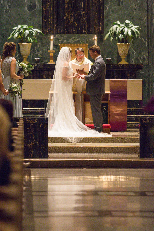 Kelli-and-Matt-Nashville-Wedding-Sneak-Peak-0245.jpg