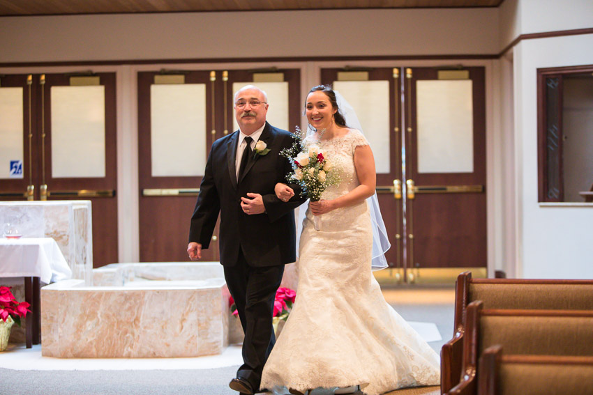 Holy-family-catholic-church-brentwood-wedding-tennessee-1002.jpg
