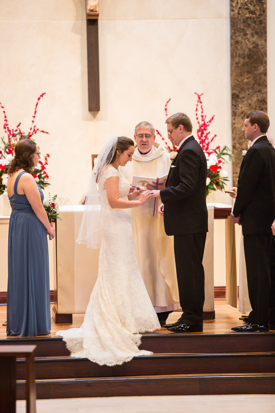 Holy-family-catholic-church-brentwood-wedding-tennessee-1014.jpg