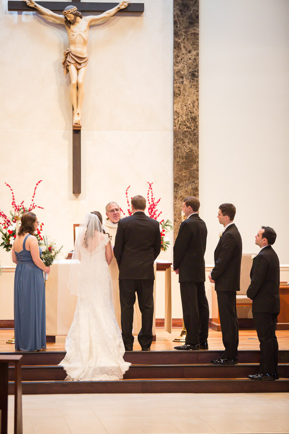 Holy-family-catholic-church-brentwood-wedding-tennessee-1016.jpg
