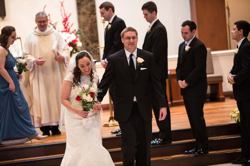 Holy-family-catholic-church-brentwood-wedding-tennessee-1020.jpg