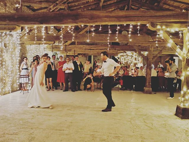 Amazing wedding last weekend with Guillaume and Agathe at an incredible Chateau near Bordeaux. Best. Job. Ever. . . . . . . . . .  #wedding #love #frenchwedding #destinationwedding #chateauwedding #weddinginfrance #weddingdj #vinyldj #internationalwedding #destinationweddingdj #americandjinfrance #instawedding #instalove #bordeauxwedding #aquitaine #france
