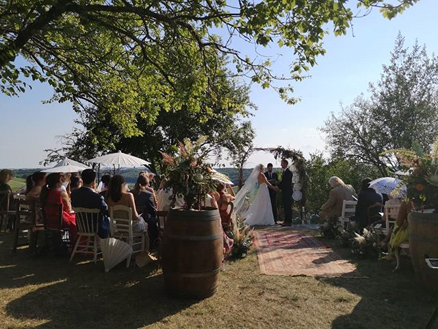 Another amazing wedding from a couple weeks back in the southwest of France. Huge congratulations to Kiki & Avram! . . . . . #wedding #love #frenchwedding #destinationwedding #gerswedding #weddinginfrance #dreamwedding #frenchweddingstyle #weddingdj #vintagevinyl #vintagevinyllove #bestjobever #france #franceisintheair #ido #instalove