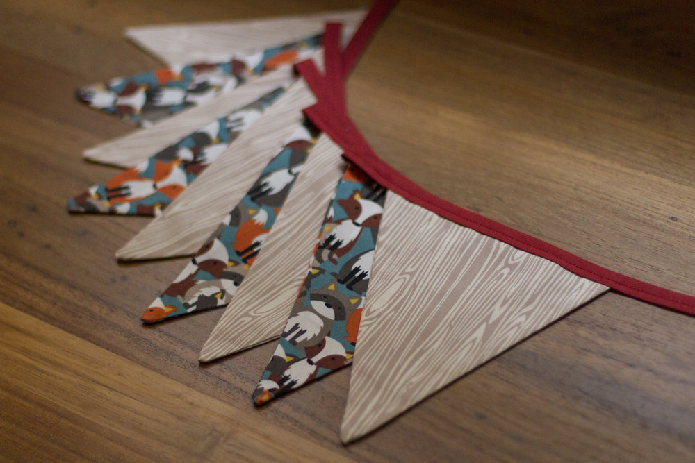 Bunting - fox & woodgrain
