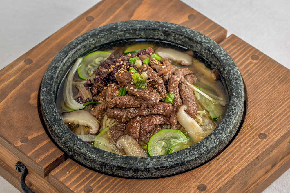 0A0A8445-Jangtuh Noodle soup with Kalbi.jpg