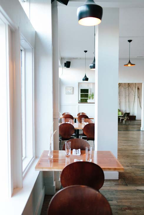 modern restaurant.jpg