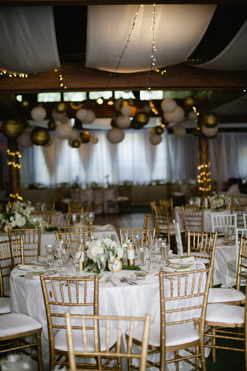 white and gold reception.jpg
