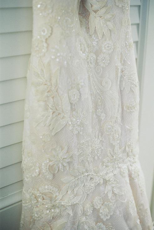vintage lace wedding dress.jpg