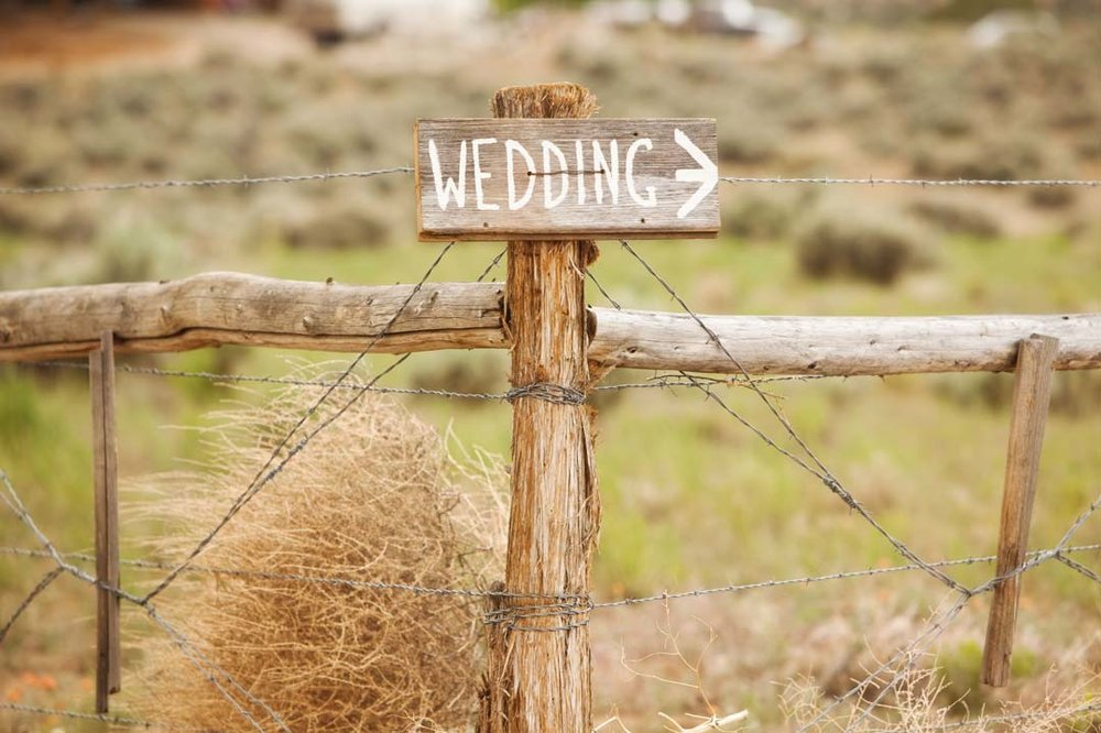 rustic wedding sign.jpg
