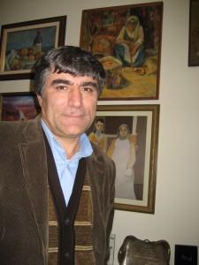 Hrant Dink på sin redaktion i Istanbul. Foto: Bitte Hammargren