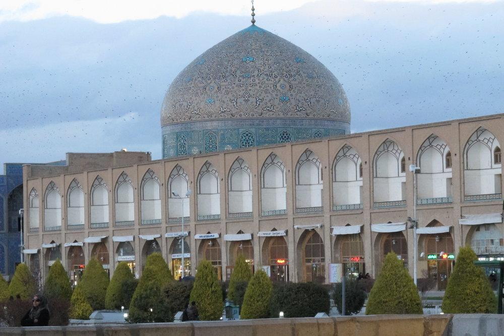 Skymningsljus över Esfahan. Foto: Bitte Hammargren