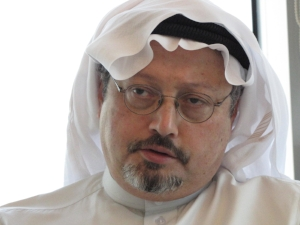Picture from my interview with the Saudi journalist Jamal Khashoggi in Riyadh, in March 2011. He was a highly respected personality in Saudi Arabia, calling for social reform while still in the Kingdom, and later, during his time in exile, calling for political reform and freedom of expression. He was savagely murdered in the Saudi consulate in Istanbul in October 2018.  When I met him for the first time he had his office at the very top of the landmark Kingdom Center in Riyadh – a sign of what an outstanding position he used to have. Photo: Per Luthander