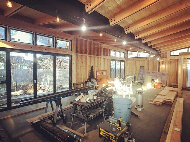 Probably the last shot of the butterfly house interior before it gets sheetrocked/trimmed. . . . #structure #studs #skeleton #butterflyhouse #butterflyroof #pdxmodern #pnwmodern #customhome #design ##moderndesign #architecture #dwell #oregonhome #1859oregon #graymagazine