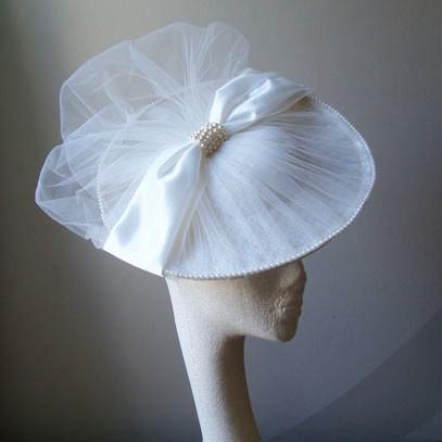naomi saucer hat fascinator
