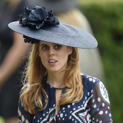 princess-beatrice-princess-eugenie-royal-ascot.jpg