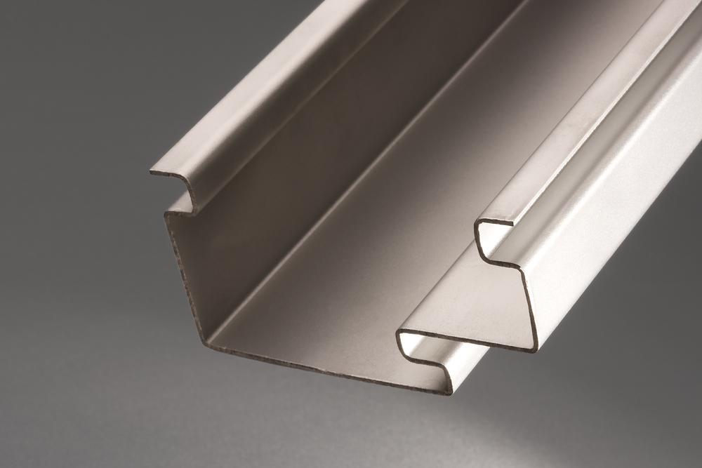 Stahlzargen auf einem WEMO Produktionsanlage hergestellt