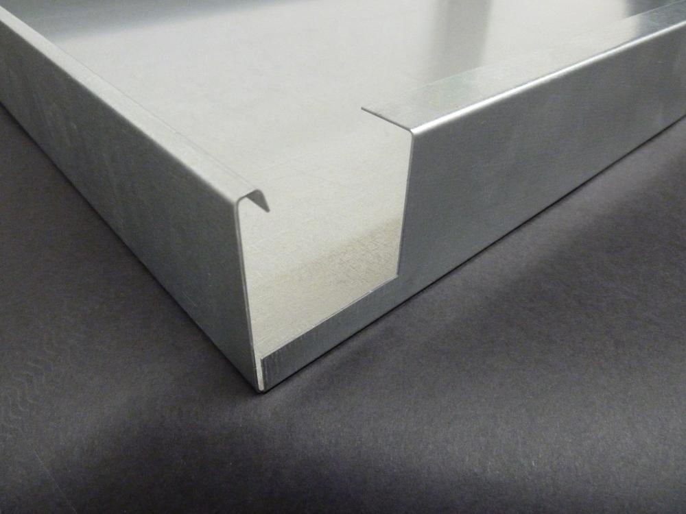 Gebogenen Metalldecken mit einer WEMO Produktionsanlage Herstellt