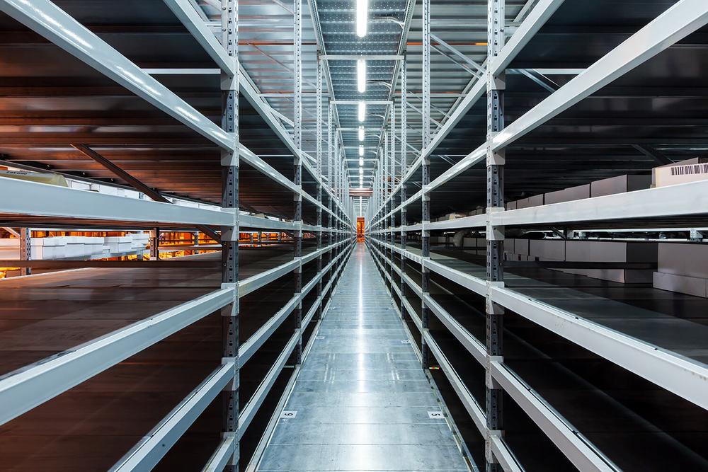 Blechbearbeitung Produktionslinie für Fachbodenregale
