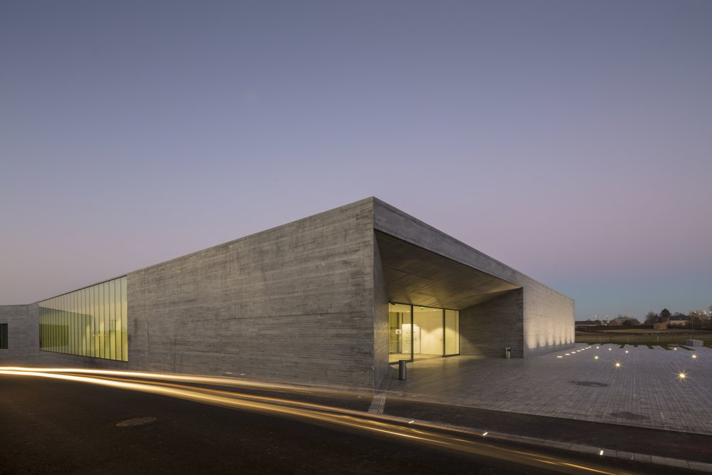 W Architecture - Museum of glass - Sars Poteries