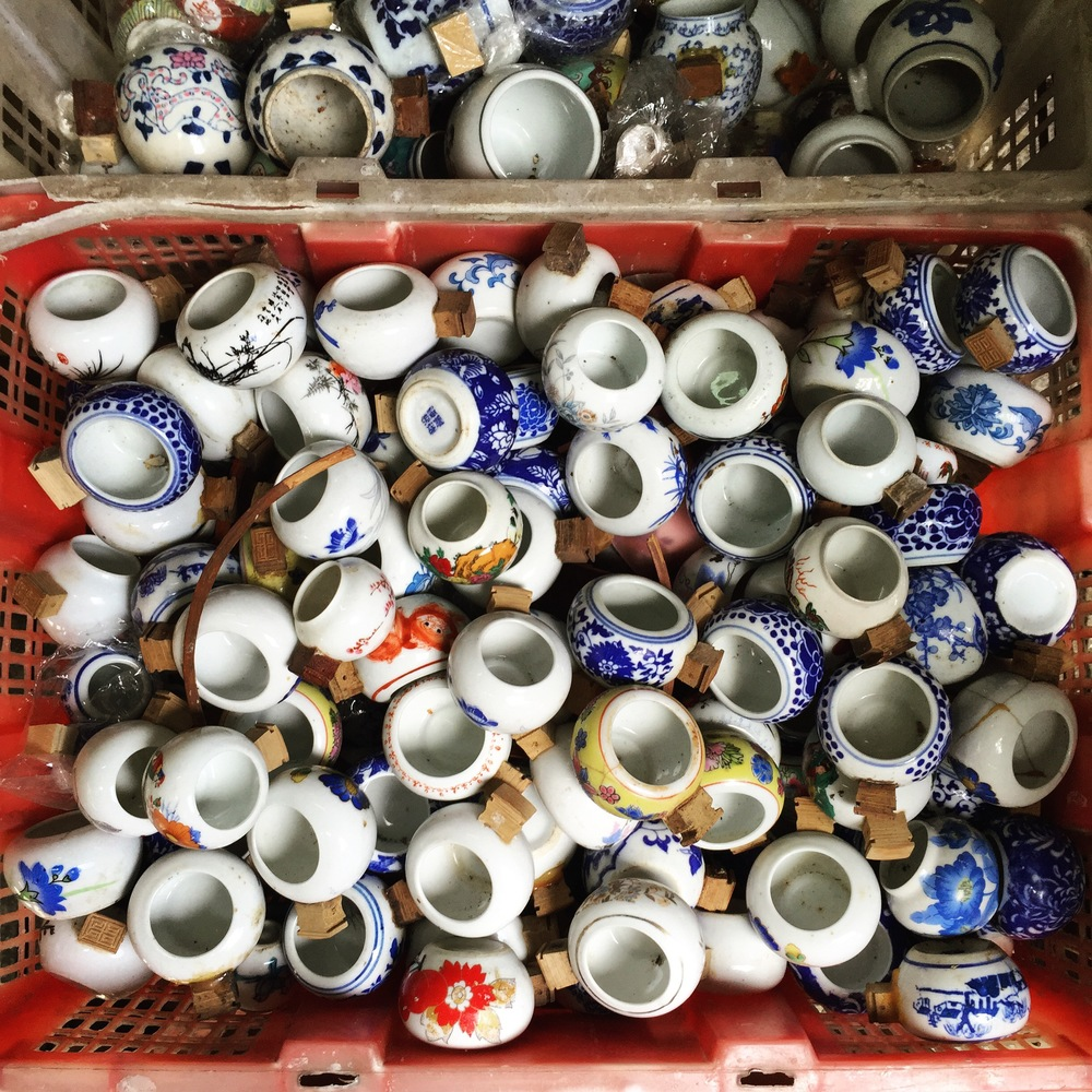 Beautiful porcelain feeding bowls.