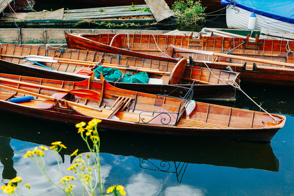 {Above: canoes for hire in Richmond | Below: scenes from the Tower of London}