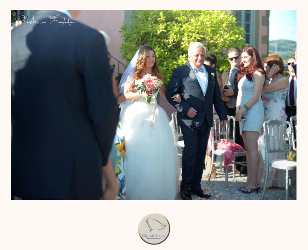 foto sposa e padre lucca