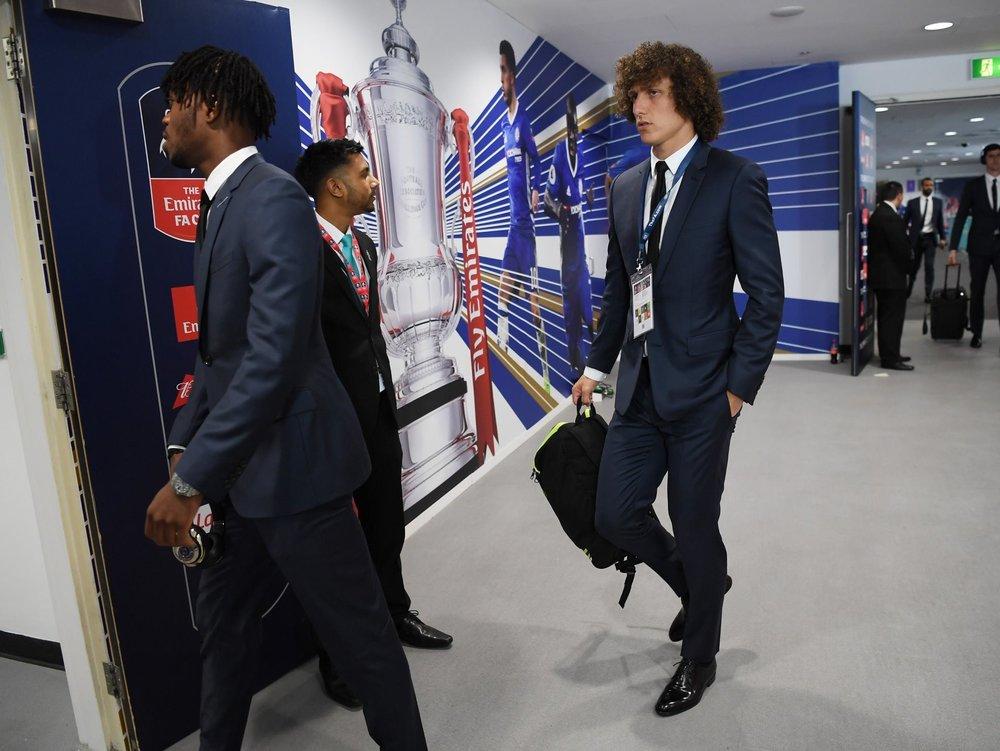 David Luiz arrives at Wembley in DIOR suit