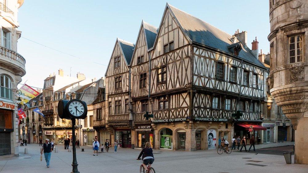 Dijon,http://kingofwallpapers.com/dijon.html