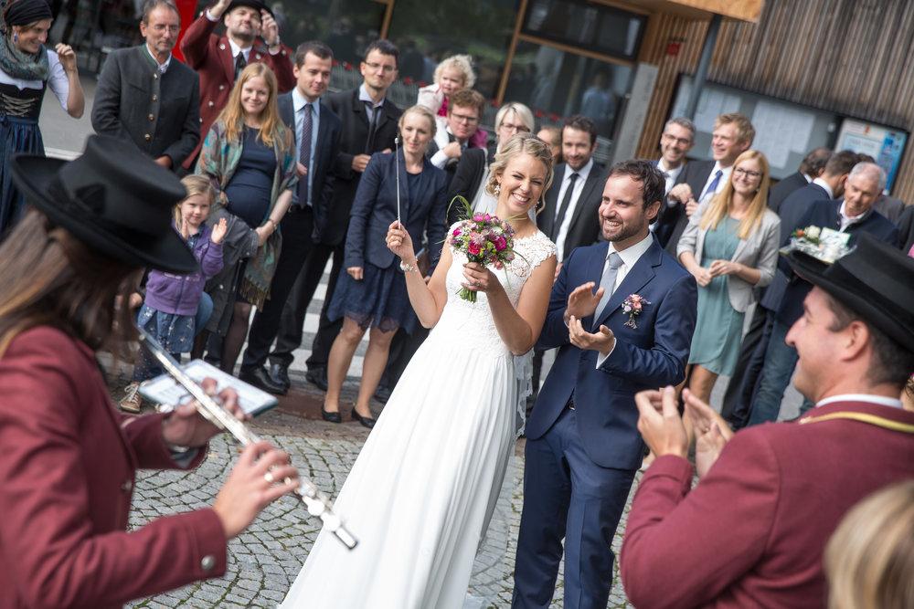 fotobox_hochzeitsfotografie_hochzeit_innsbruck_bregenz_20170916_hz_katharina&michael_0583.jpg