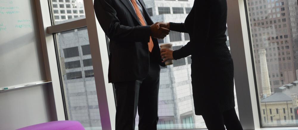 handshake.IT4.jpg