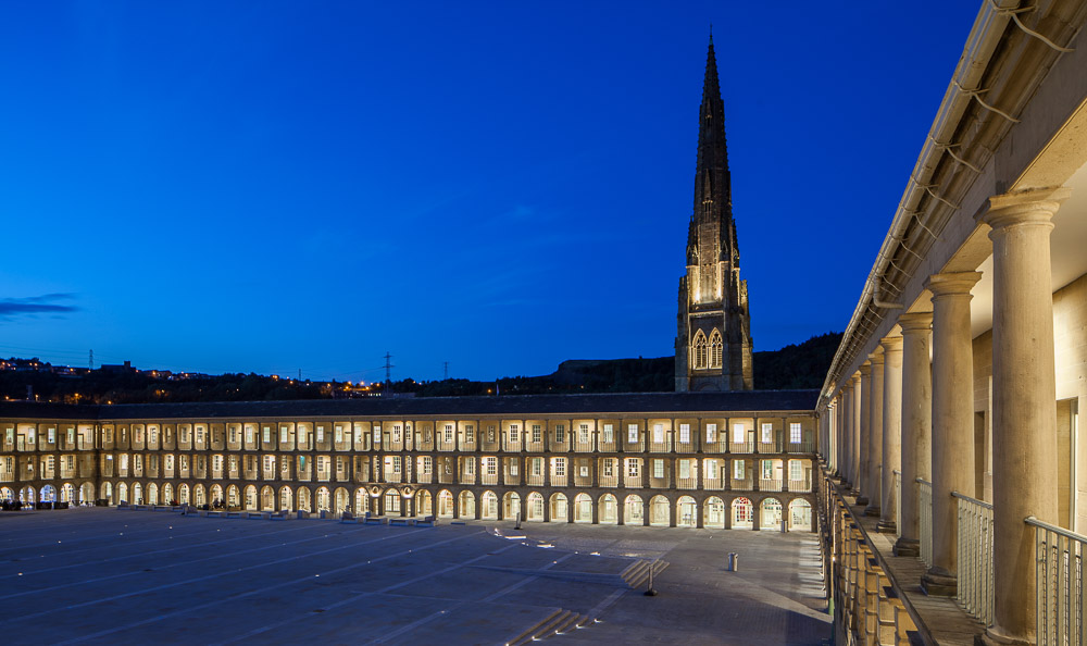 Piece Hall Night_09 08 2017_3_©Matthew Nichol Photography.jpg