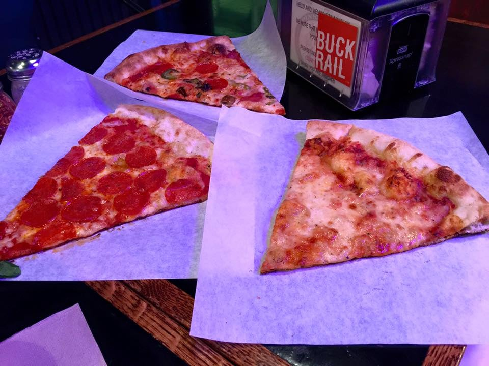 Pinky G's Pizza in Jackson Hole, WY | He and She Eat Clean