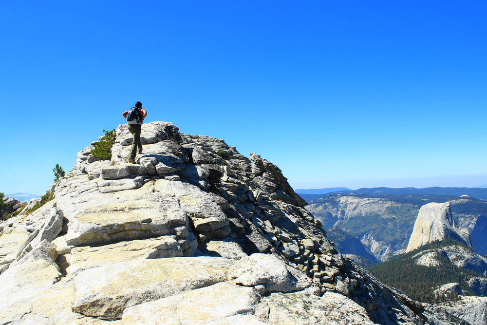 yosemite-national-park-clouds-rest-whitney-hiking.jpeg