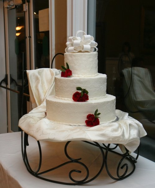 Winter Wedding Cake with Sleigh Base | He and She Eat Clean