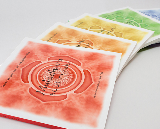 SHA'S JOURNEY BEHIND THE MAKING OF THE CHAKRA JOURNALS - PART 1 Discover how a creative struggle, a shared passion for yoga, and the collaboration between two friends created this unique series of journals.