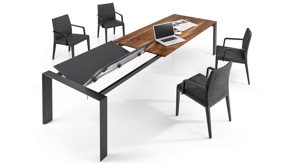 Tisch Vola - Stühle Riva