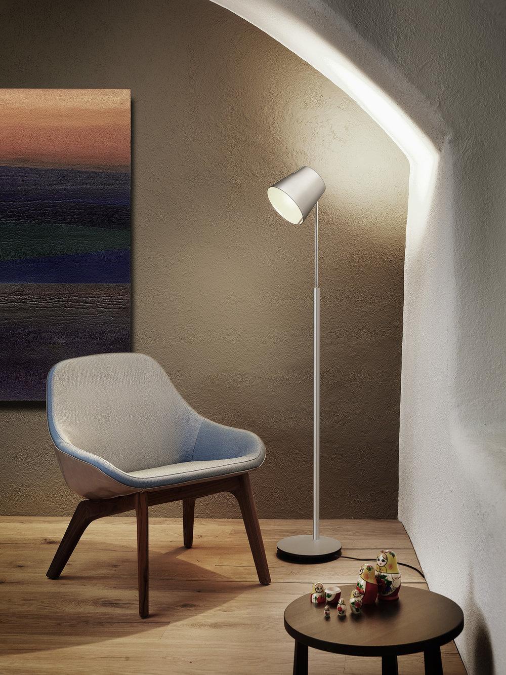 Stehleuchte FEZ , Alu CHF 1'060.00 Höhe 100 - 170 cm, LED, direktes / indirektes Licht Auch erhältlich in bronze, schwarz oder weiss.