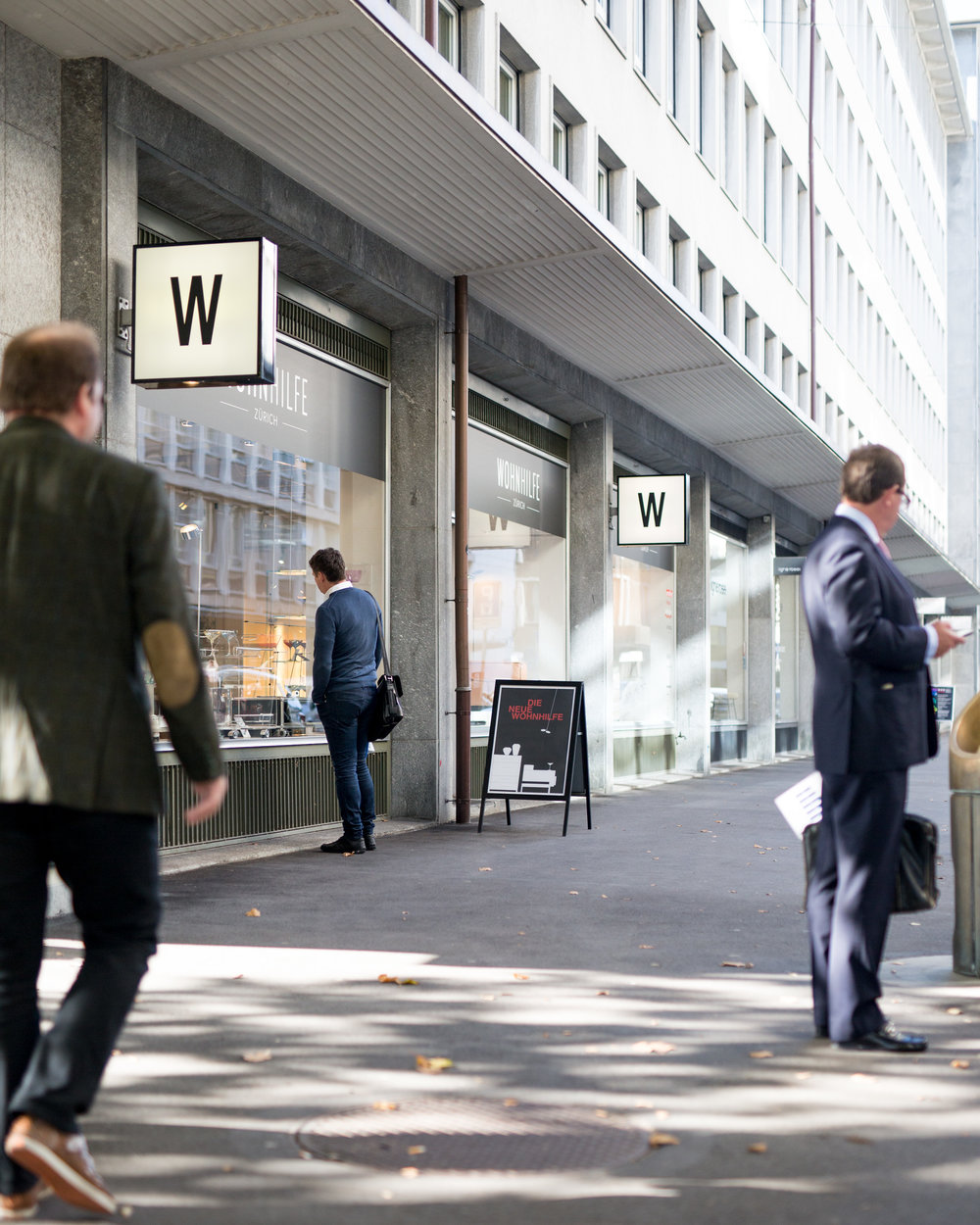 Swiss Design Furniture - Since 1945 Wohnhilfe has been one of the leading furniture stores in Zurich. Located on Claridenstrasse 25, only minutes away from Bahnhofstrasse and Paradeplatz, we are home to over 30 premium brands mainly from Switzerland, Italy and Germany.