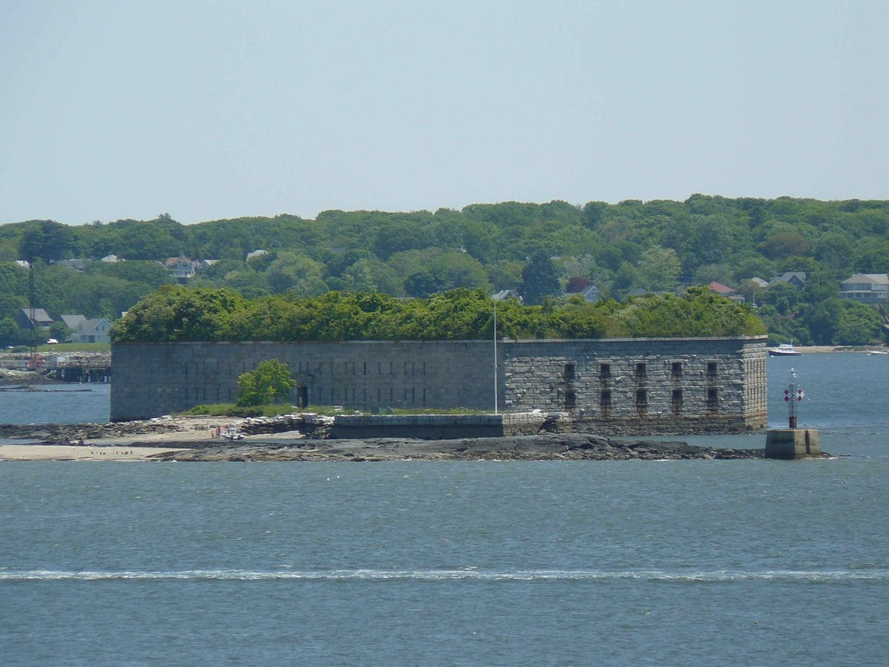 Fort_Gorges_July_2012_rear.jpg