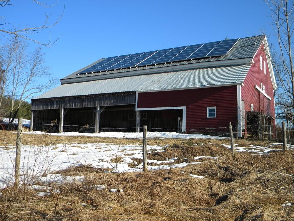 Gorham, ME - Kemp Rd - Solar PV app on barn roof DSCN2266.JPG