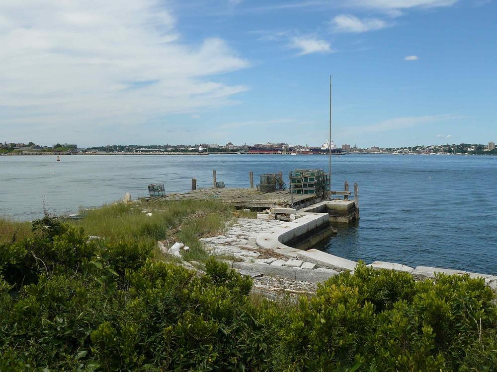House_Island_July_2012_21_old_wharf.JPG