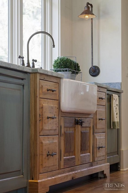 Castle Kitchens Photo #4--Online Version.jpg