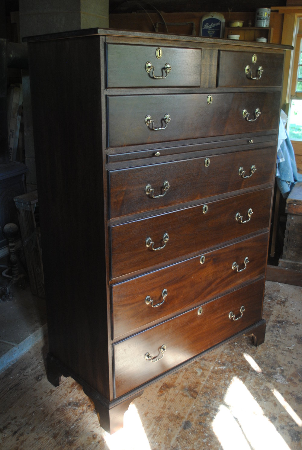 Kroll Online Directory--chest of drawers.jpg
