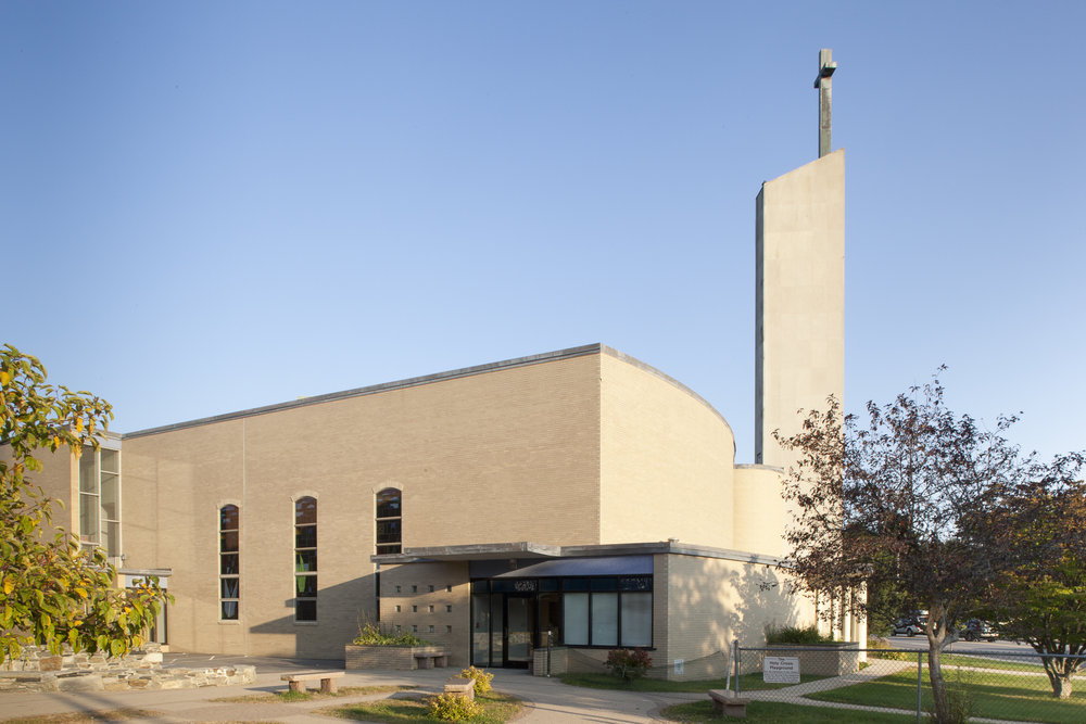 midcenturymodern-web_Use_Side_Holy_Cross_Church_RACHEL_SIEBEN_PHOTOGRAPHY.jpg